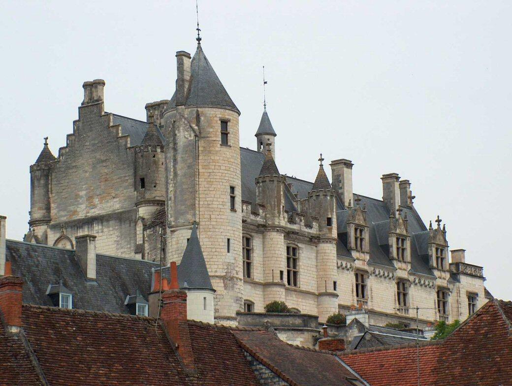 accueil/chateau-20de-20loches-2.jpg