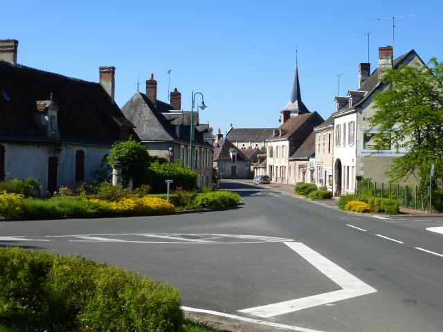 accueil/entree-bourg-rte-de-loches.JPG