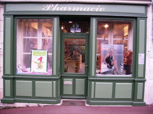 commercants/annick-pharmacie.JPG