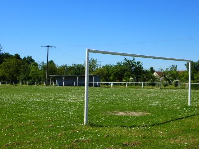 patrimoine-et-infrastructures-sportives/2013-foot-terrain.jpg